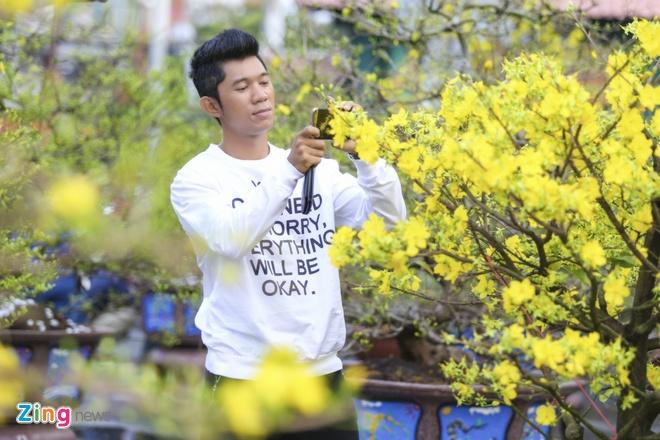 Luong Bang Quang trang tri nha cua don Giao thua hinh anh 9