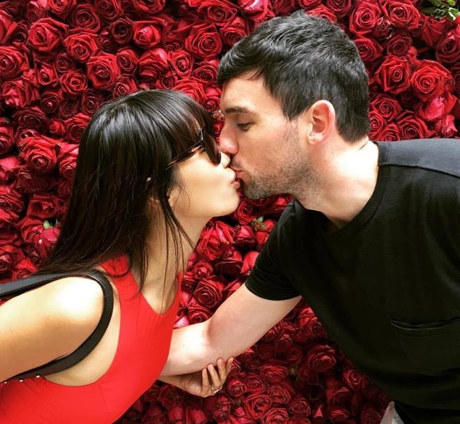 Cach ham nong tinh yeu cua sao Viet ngay Valentine hinh anh 2