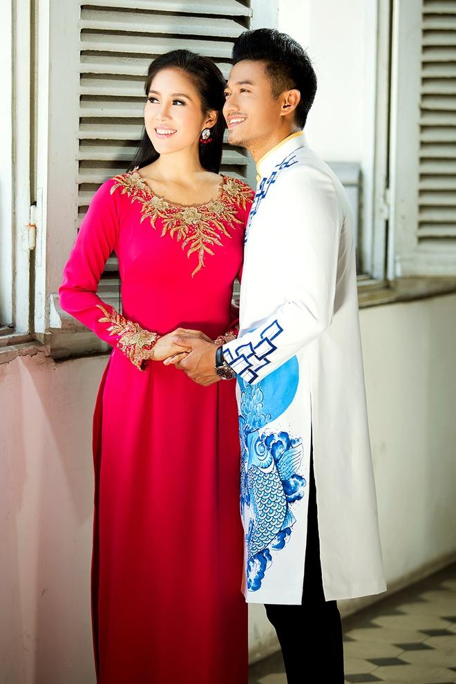 Le Phuong - Quy Binh van dep doi voi trang phuc truyen thong hinh anh 2