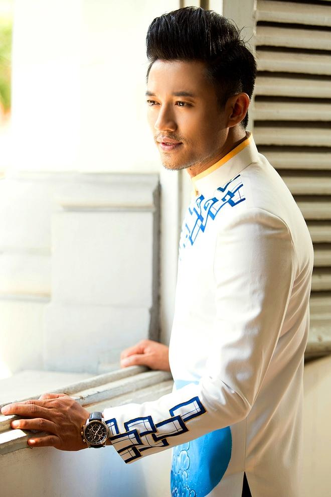 Le Phuong - Quy Binh van dep doi voi trang phuc truyen thong hinh anh 3