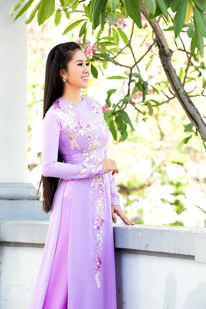 Le Phuong - Quy Binh van dep doi voi trang phuc truyen thong hinh anh 8