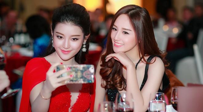 Mai Phuong Thuy - Huyen My quyen ru o tiec dau nam hinh anh