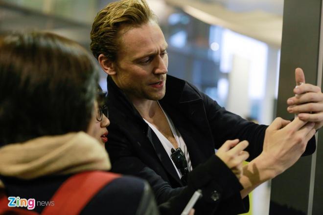 'Loki' da co mat o Ha Noi de hop bao King Kong hinh anh 3