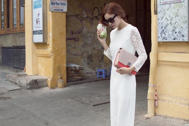 Ninh Duong Lan Ngoc dien trang phuc sac so dao pho hinh anh 3