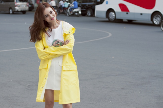 Ninh Duong Lan Ngoc dien trang phuc sac so dao pho hinh anh 8