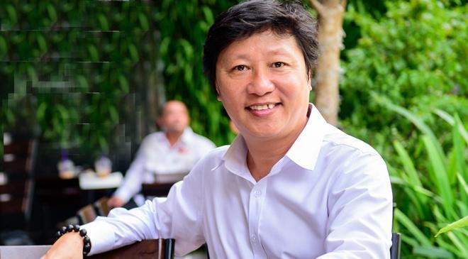 NTK Sy Hoang: 'Tham hoa ao dai nhac chung ta mac dung' hinh anh