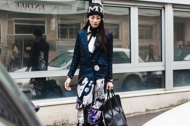 Thuy Trang dien street style ca tinh tren duong pho Paris hinh anh 3