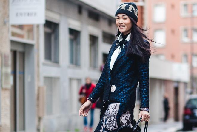 Thuy Trang dien street style ca tinh tren duong pho Paris hinh anh 5