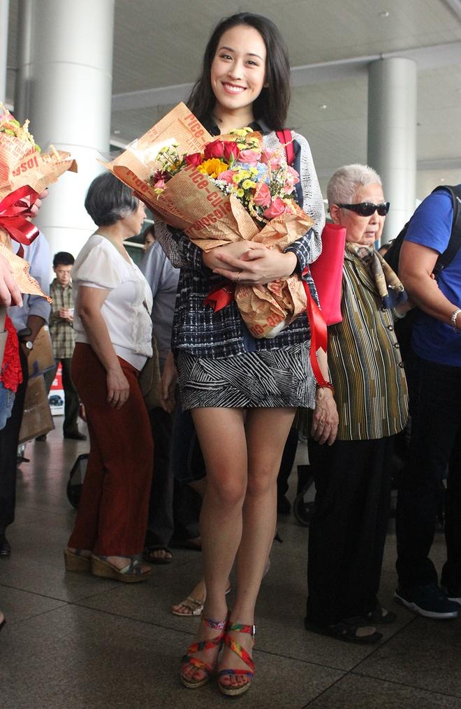 A hau My 2015 rang ro o san bay Tan Son Nhat hinh anh 1