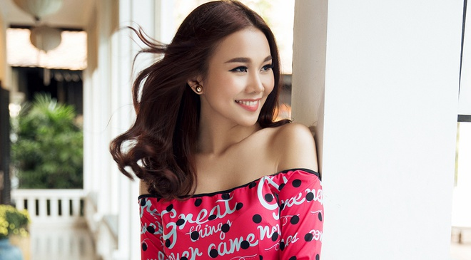 Thanh Hang goi y 8 mau ao dai cham bi hinh anh