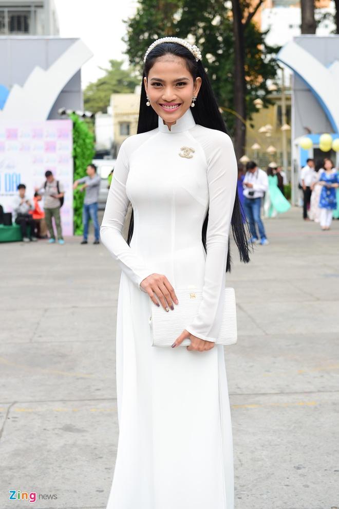 Khai mac Le hoi Ao dai: Ton vinh gia tri truyen thong Viet hinh anh 11