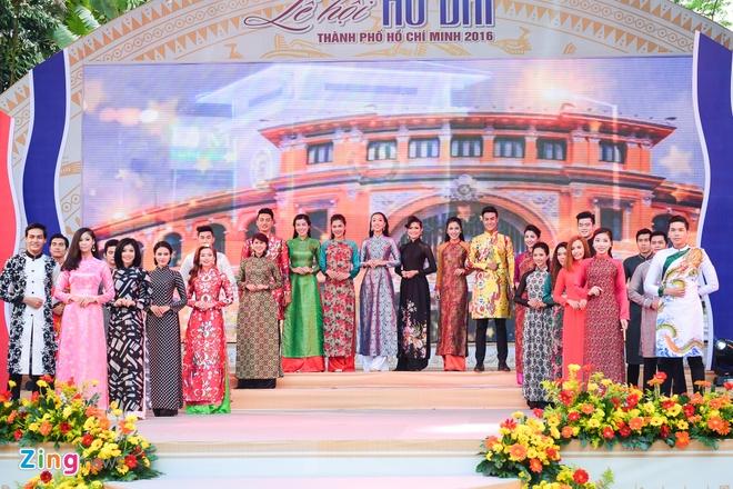 Khai mac Le hoi Ao dai: Ton vinh gia tri truyen thong Viet hinh anh 4