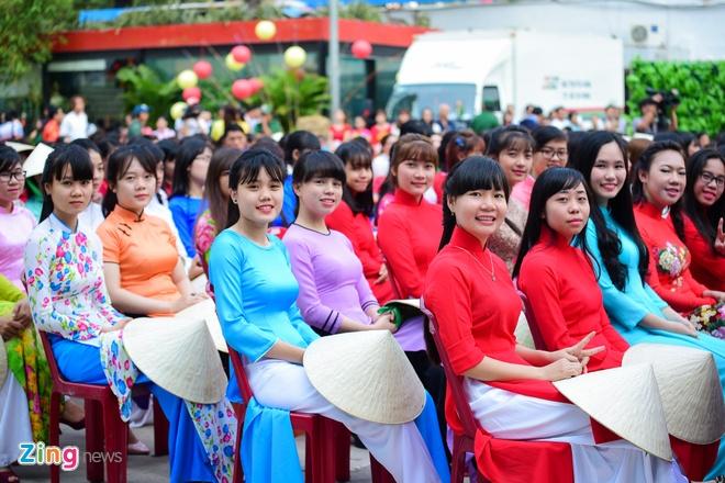 Khai mac Le hoi Ao dai: Ton vinh gia tri truyen thong Viet hinh anh 6
