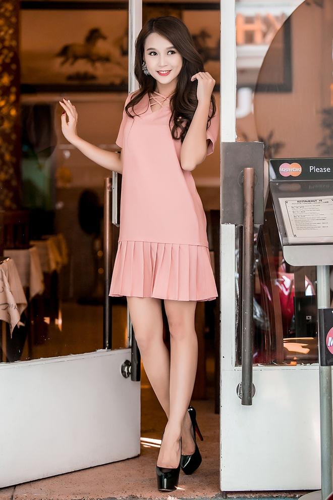 Hot girl Sam goi y 10 set trang phuc xuong pho dau he hinh anh 4