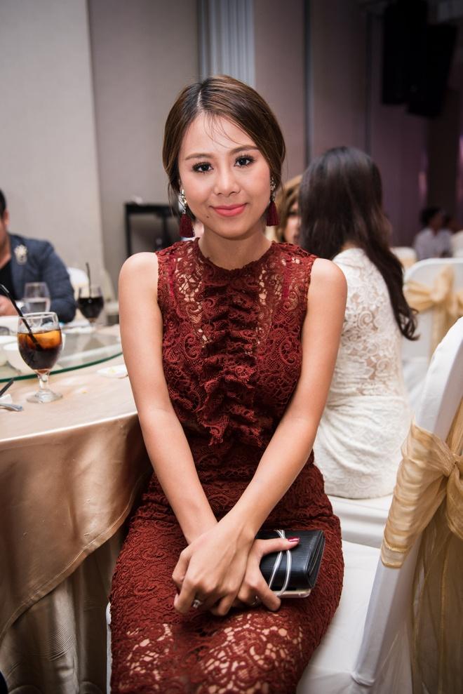 Phuong My Chi hat mung dam cuoi Nam Cuong hinh anh 7