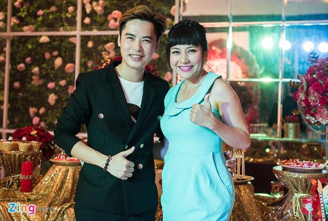 Phuong My Chi hat mung dam cuoi Nam Cuong hinh anh 9