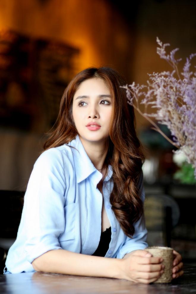 Thao Trang: 'Toi trang tay khi ly hon Phan Thanh Binh' hinh anh 3