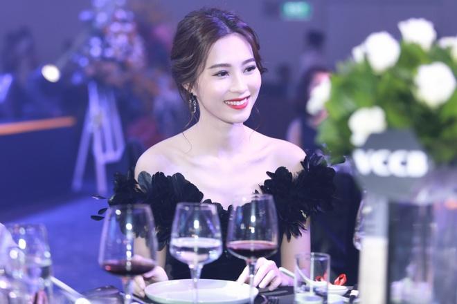 Dang Thu Thao quyen ru voi gam den anh 6