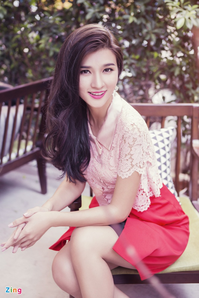 Kim Tuyen dien dam ren pastel ngot ngao hinh anh 2