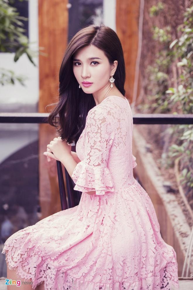 Kim Tuyen dien dam ren pastel ngot ngao hinh anh 5