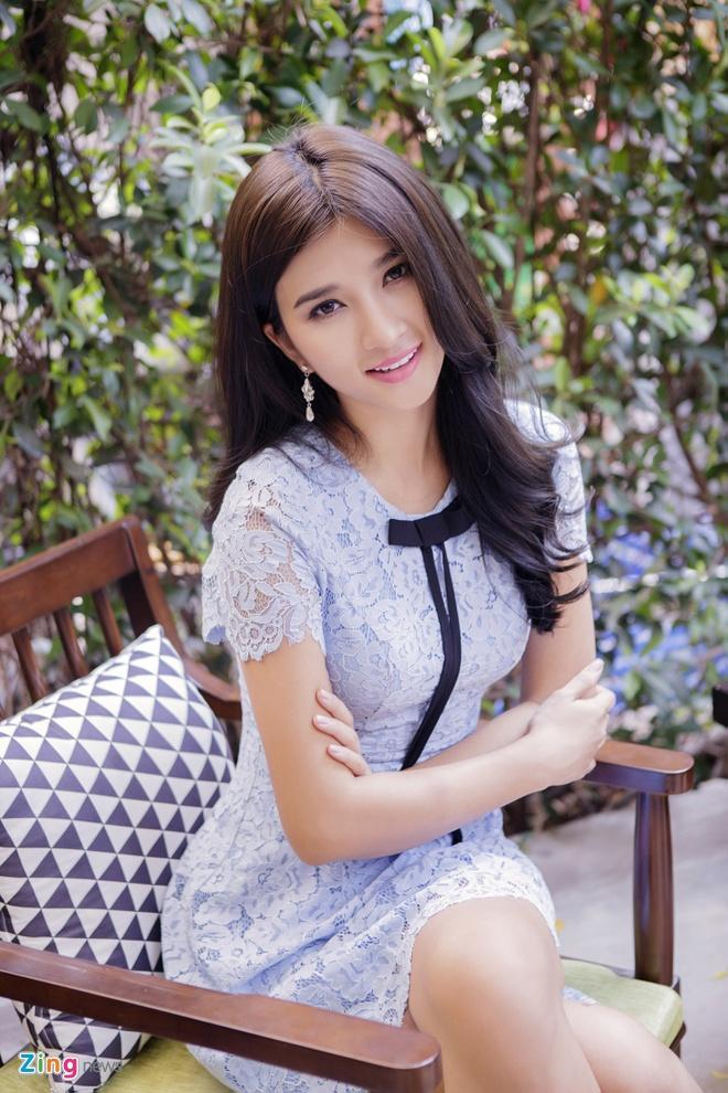 Kim Tuyen dien dam ren pastel ngot ngao hinh anh 8