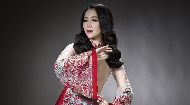 Linh Nga quyen ru voi ao dai nhung the, voan mong hinh anh