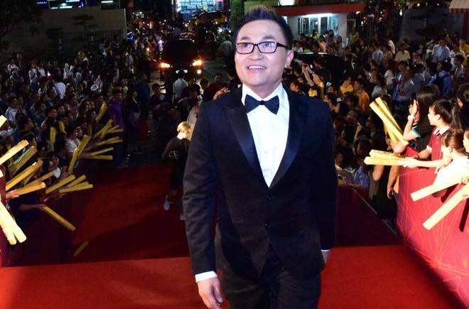 Hari Won va Tran Thanh tuoi tan tren tham do HTV Awards hinh anh 10
