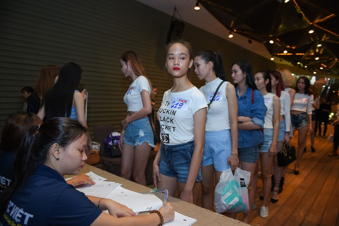 Nguoi mau Victoria's Secret cham casting The Face Viet hinh anh 4