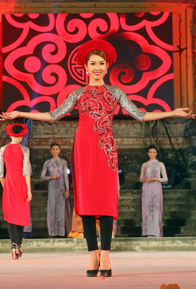 Lan Khue tham gia Festival Hue anh 5