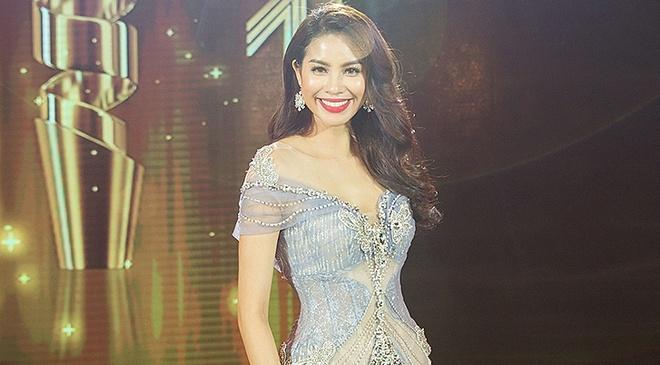 Pham Huong, Ky Duyen vao top 10 sao mac dep nhat thang 4 hinh anh