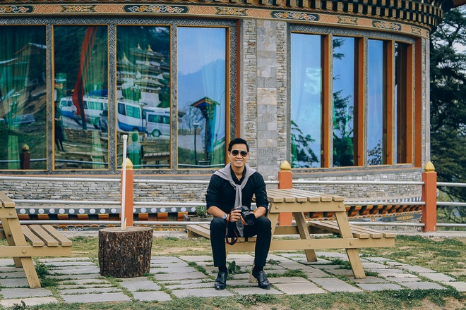 Nguyen Khang kham pha dat nuoc hanh phuc nhat the gioi hinh anh 2
