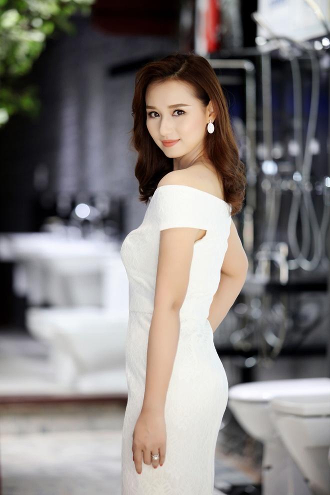 La Thanh Huyen - Minh Huong do vai tran goi cam hinh anh 2