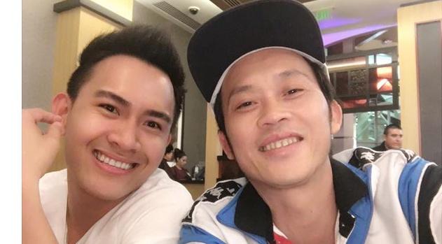 Hoai Linh khoe anh 'con trai tin don' gay bao mang hinh anh