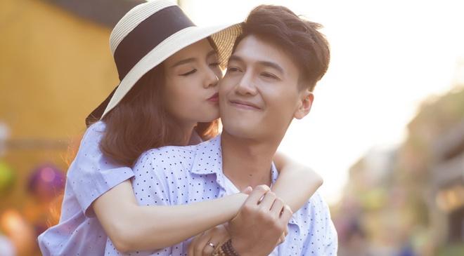 Quang Tuan - Linh Phi chup anh cuoi o Hoi An hinh anh