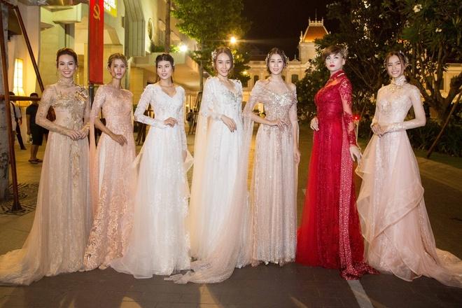 Luong The Thanh cham soc ba xa Thuy Diem trong show dien hinh anh 12