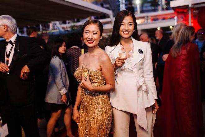 Sao 'Hoa vang co xanh' duoc ban trai thap tung den Cannes hinh anh 5