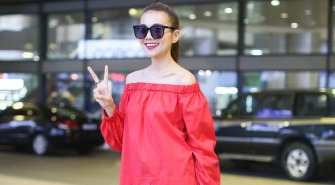 Thanh Hang sanh dieu o san bay hinh anh