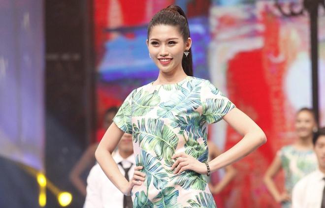 Thi sinh Hoa khoi Ao dai trinh dien trang phuc dao pho hinh anh
