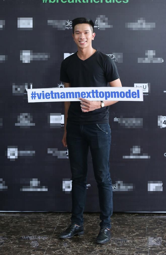 Thi sinh cao 1,57 m bi che cuoi khi thi Next Top Model hinh anh 7