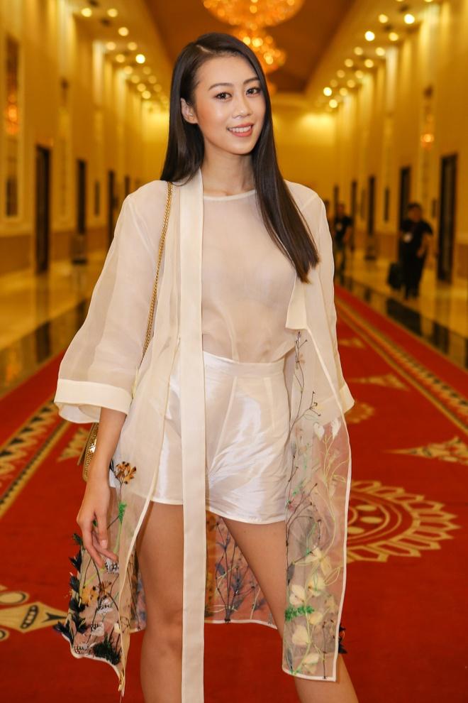 Cap thi sinh cao chenh lech den casting Next Top Model hinh anh 7