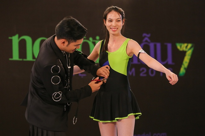 Thanh Hang cat toc, Ly Qui Khanh cat ao tam cua thi sinh hinh anh 5