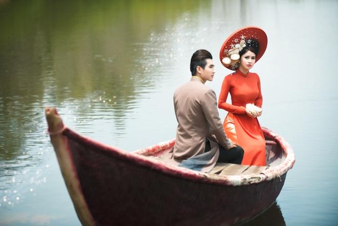 Vo cu Phan Thanh Binh duyen dang trong ao dai sac mau hinh anh 3