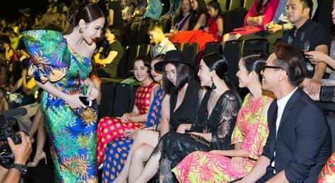 Ngo Thanh Van 'da xeo' Angela Phuong Trinh khong that tha hinh anh
