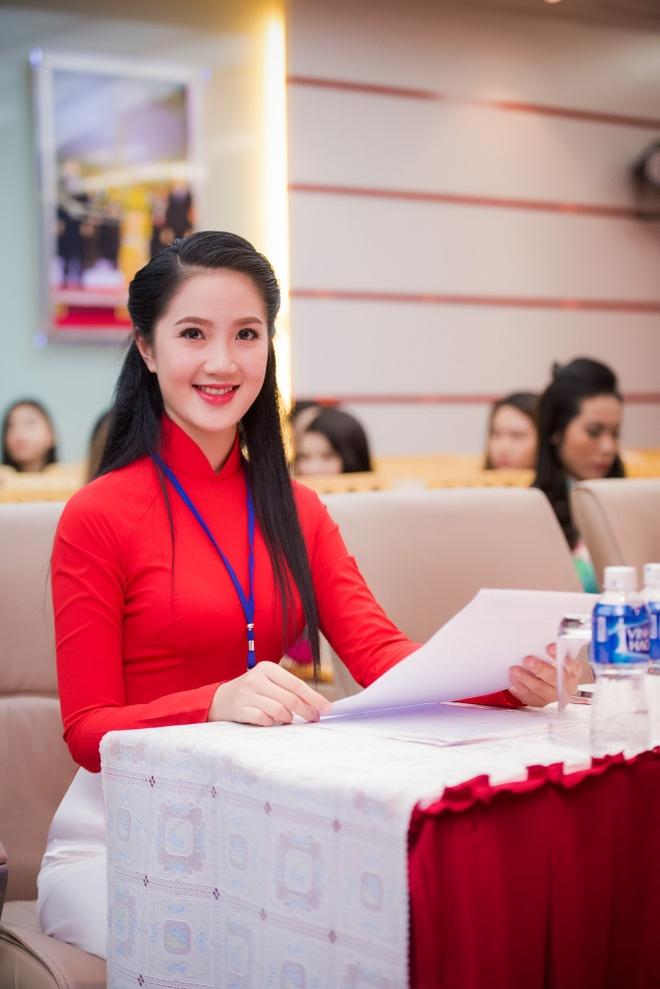 Ve dep cua thi sinh vong so khao Hoa hau Viet Nam 2016 hinh anh 4