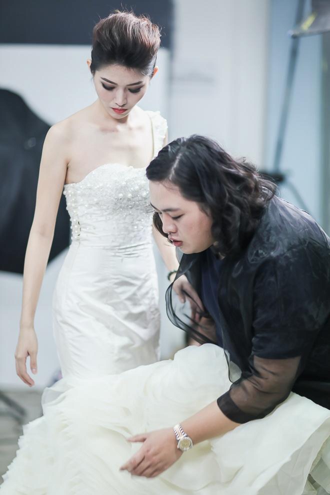 Top 10 Hoa khoi Ao dai thu trang phuc da hoi truoc chung ket hinh anh 2