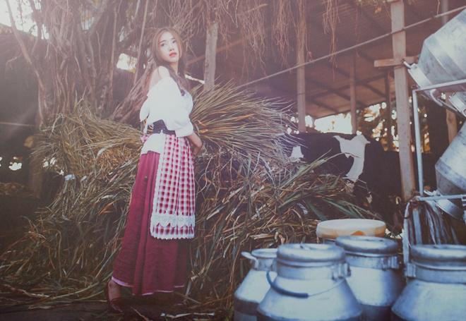 Elly Tran hoa Lo Lem trong trang trai nuoi bo hinh anh 1