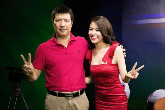 Hoang Thuy Linh mac goi cam chay show Euro o Ha Noi hinh anh 4