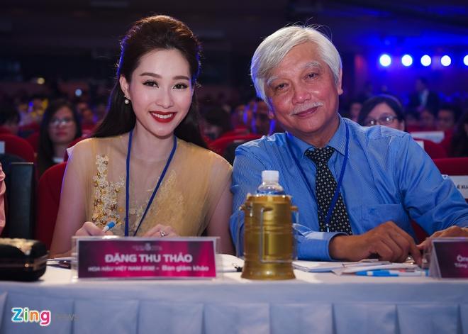 Dang Thu Thao long lay di cham thi Hoa hau Viet Nam hinh anh 3