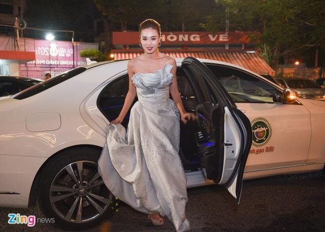 Dang Thu Thao long lay di cham thi Hoa hau Viet Nam hinh anh 4