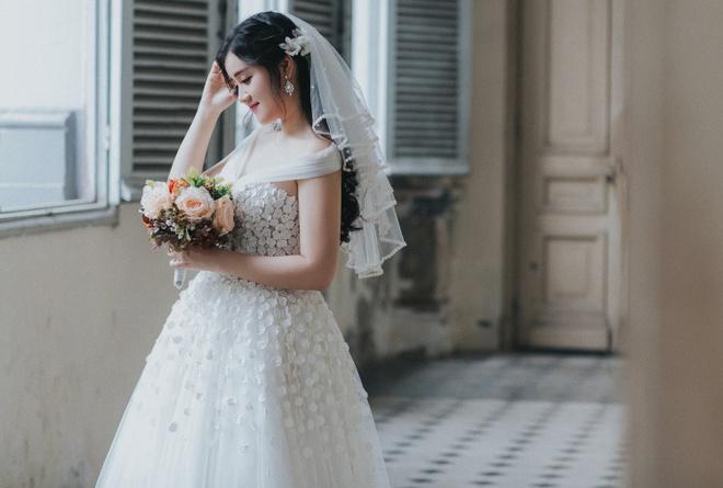 Miss Teen Xuan Mai ket hon voi ban trai dai gia vao thang 6 hinh anh 2
